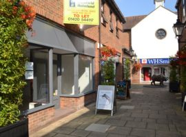 900 SQ FT SHOP UNIT - TO LET, WESTBROOK WALK, ALTON, GU34 1HZ