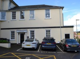 616 SQ FT OFFICE SUITE, PRIVATE PARKING, TO LET