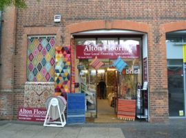 TOWN CENTRE RETAIL UNIT - 643 SQ FT - FOR SALE - CLASS E BUSINESS USE (Existing Occupier Business Unaffected)